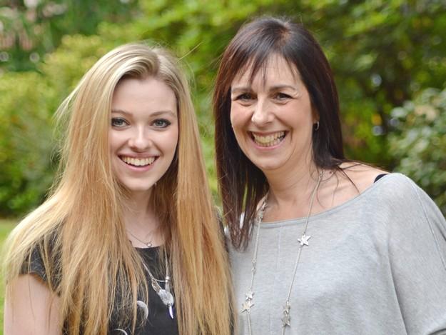 Gaby-Eden-and-mother-Debbie-Eden
